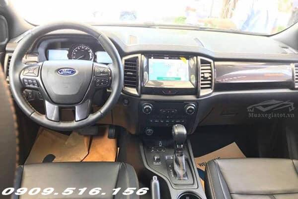 noi that tien nghi ford ranger wildtrak 2 0 bi turbo 2018 2019 Xetot com - So sánh Mitsubishi Triton 2021 và Ford Ranger 2021 (2 bản Full Option)
