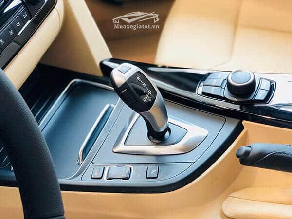 hop so bmw 320i 2020 Xetot com 14 - Trúng số 1,5 tỷ chọn mua Camry 2.5Q hay BMW 320i ?