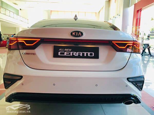 duoi xe kia cerato 2021 muaxegiatot vn - Đánh giá xe Kia Cerato 2021 - Dòng xe mang lại doanh số khủng nhất cho Kia