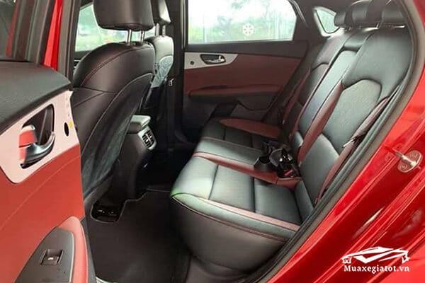 hang ghe sau kia cerato 2021 premium muaxegiatot vn 6 - Đánh giá xe Kia Cerato 2021 - Dòng xe mang lại doanh số khủng nhất cho Kia