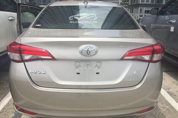 duoi xe toyota vios 1 5 e cvt 2018 2019 muaxegiatot vn 5 - Chi tiết xe Toyota Vios E CVT 2021 (7 túi khí, Số tự động)