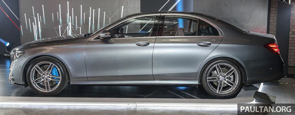 hong xe mercedes benz e 350 e 2020 muaxegiatot com - Đánh giá xe Mercedes E Class 2021 - Công nghệ hiện đại, nội thất sang trọng